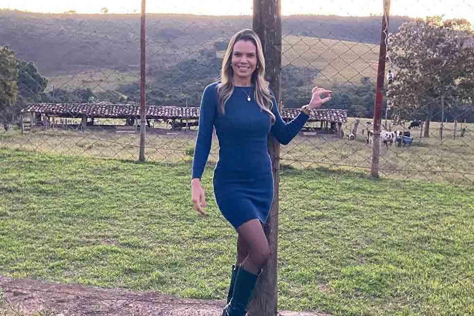 Repórter Vanessa Vitória é mordida por pitbull ao usar o banheiro durante cobertura do caso Lázaro. Foto: reprodução Instagram