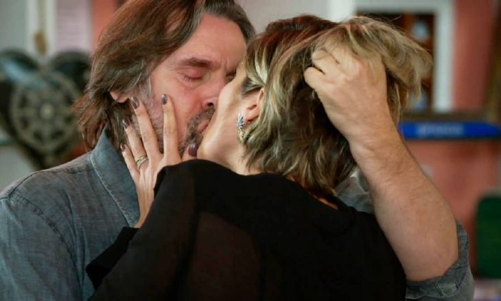 Mário e Helena se beijam neste sábado (3) em 'Salve-se Quem Puder'