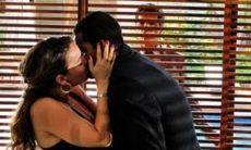 Jonas flagra Cris e Matias se beijando nesta quarta (28) em 'A Vida da Gente'