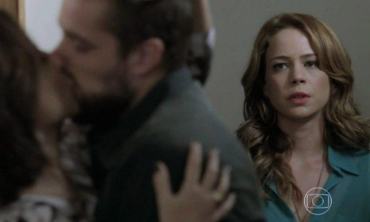 Cristina vê Vicente e Maria Clara juntos nesta sexta (9) em 'Império'
