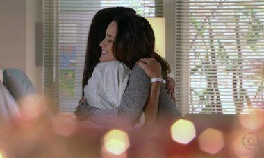 Doença de Júlia aproxima Ana e Manu nesta quarta (4) na reta final de 'A Vida da Gente'