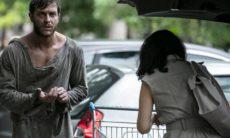 Amanda encontra Leonardo, mas é atacada por morador de rua nesta quarta (4) em 'Império'
