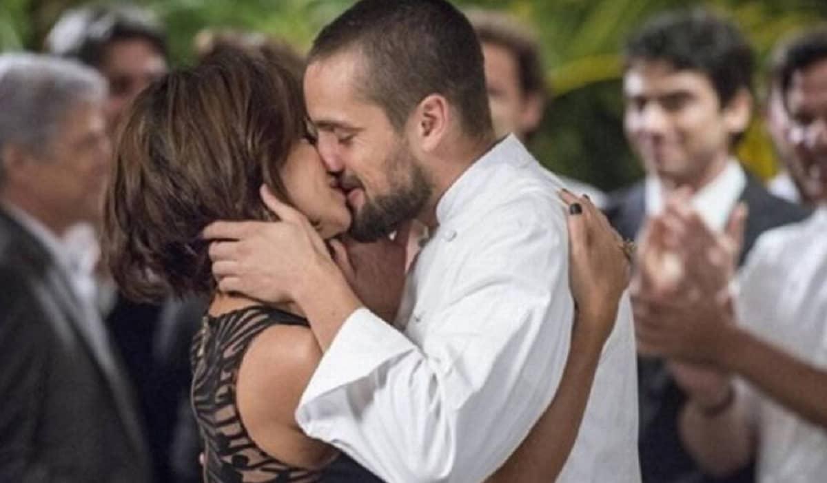 Maria Clara pede Vicente em casamento nesta terça (21) em 'Império'