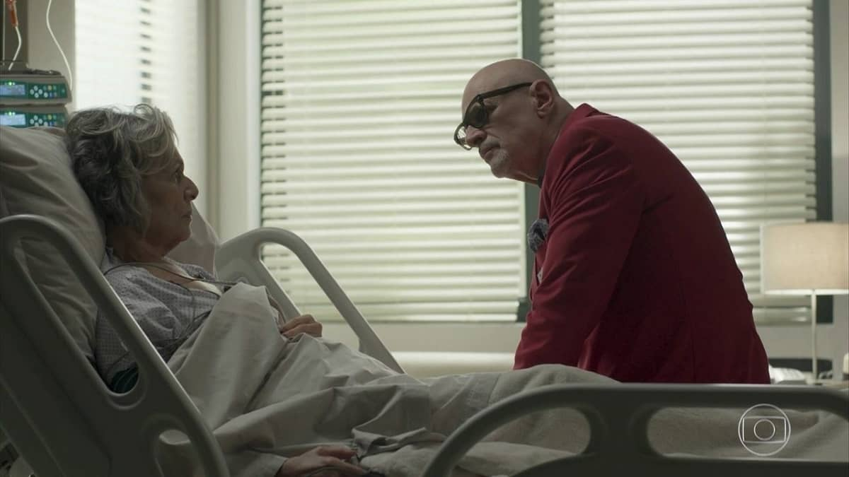 Sabine revela a Pedrinho que tem doença crônica nesta segunda (27) em 'Pega Pega'