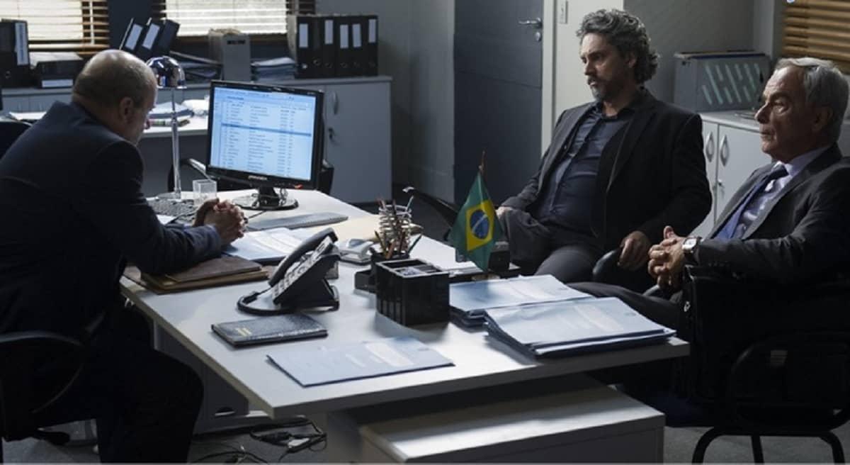 José Alfredo inicia seu depoimento para o delegado nesta quinta (30) em 'Império'