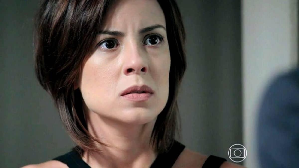 Maria Clara ouve Maurílio ameaçar Cristina nesta quinta (9) em 'Império'