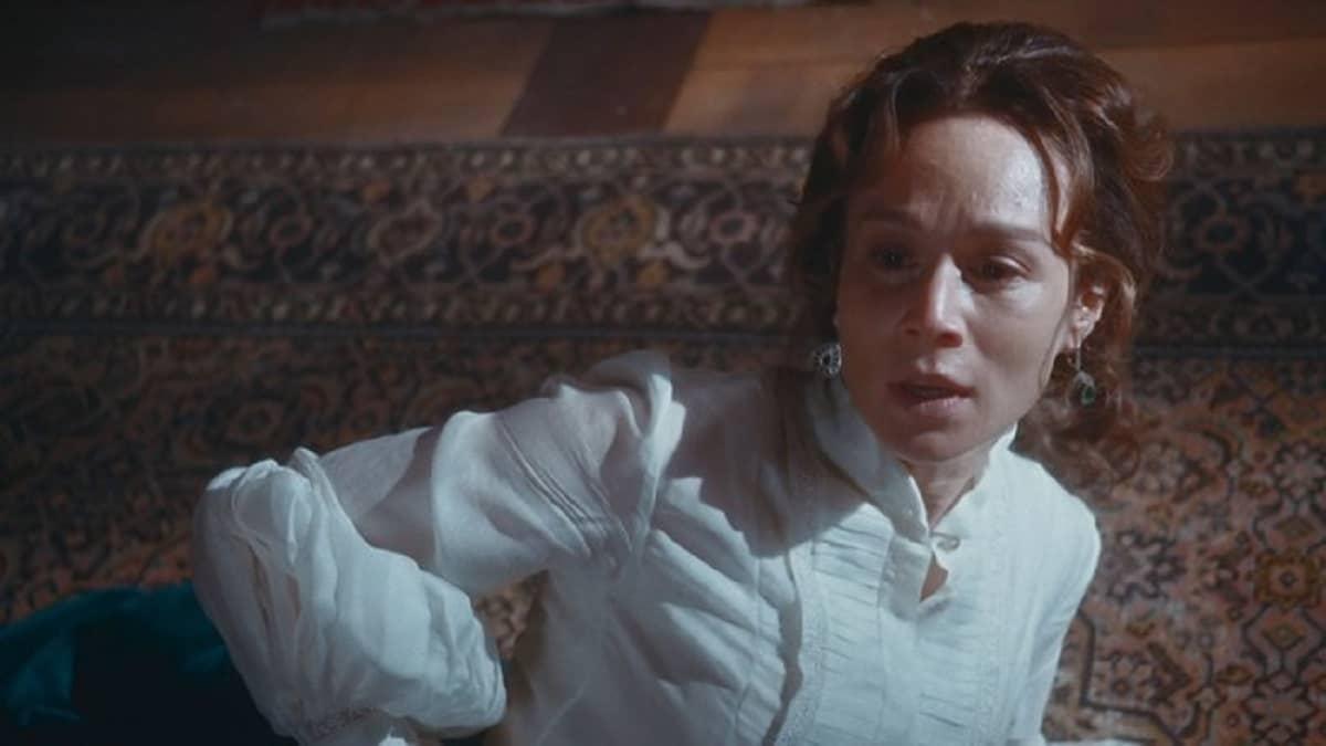 Luísa passa mal e tem sangramento nesta segunda (4) em 'Nos Tempos do Imperador'