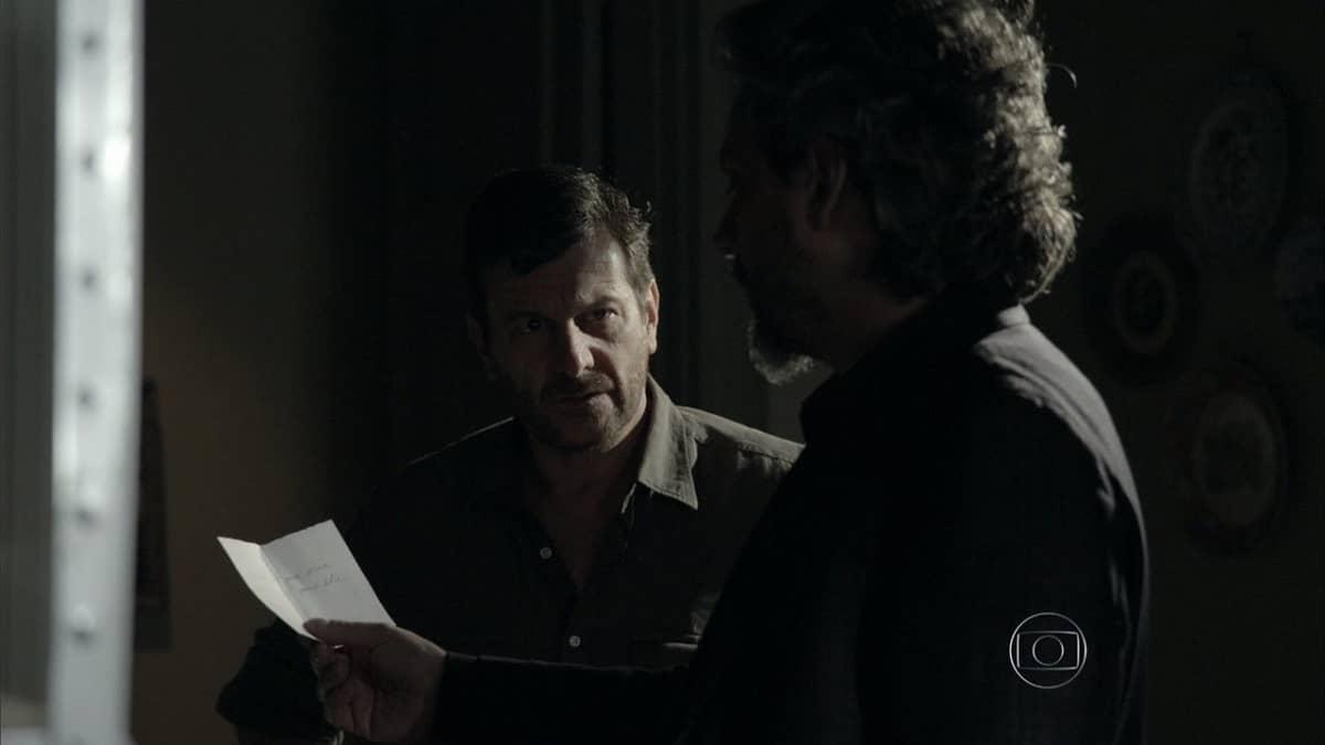 José Alfredo e Josué invadem a casa de Silviano neste sábado (30) em 'Império'