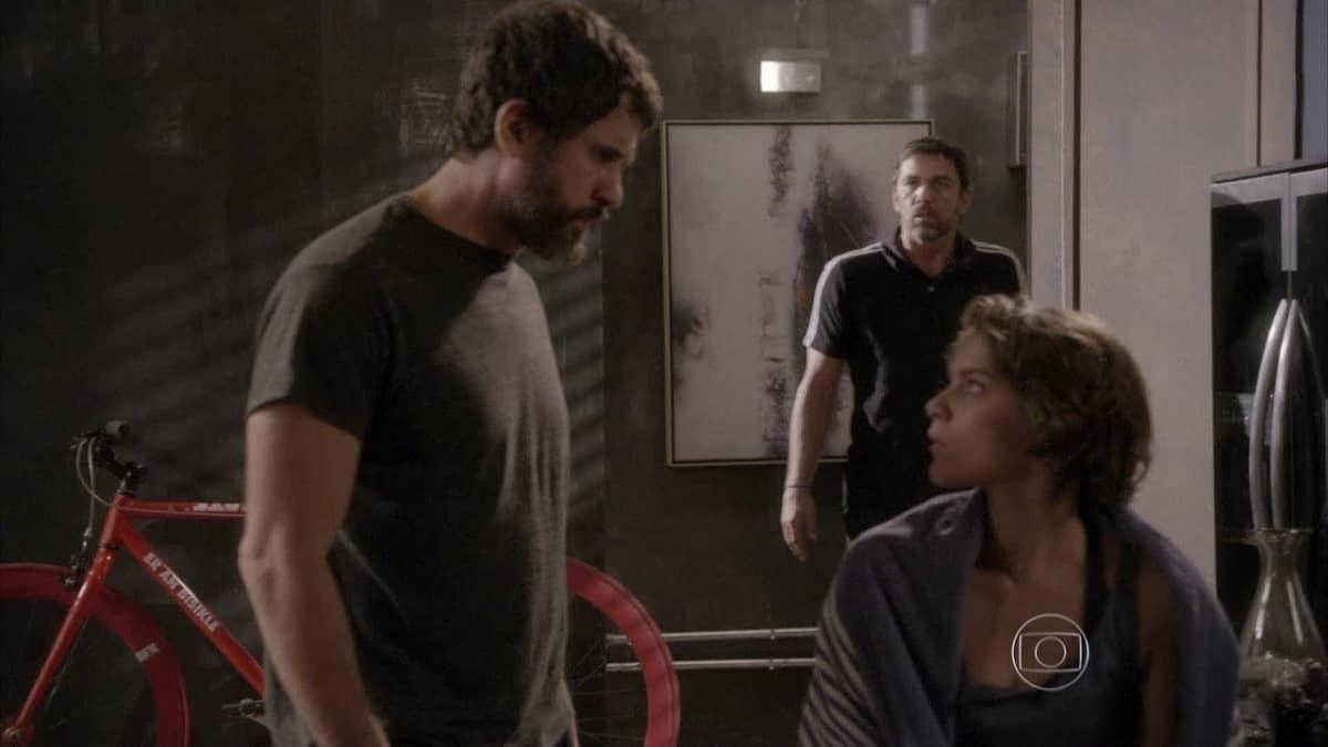 Gael invade casa de Lobão em busca de Karina nesta quinta (14) em 'Malhação: Sonhos'